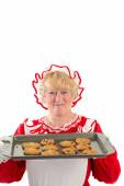 Mrs claus with tray of cookies — Stock fotografie