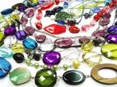 Kristallen kralen sieraden als mode achtergrond — Stockfoto