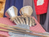 Armoured gauntlets — Stock Photo