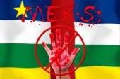 Concept show hand stop MERS Virus epidemic CENTRAL AFRICAN flag — Stock Photo