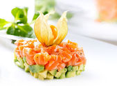 Salmon tartar  food — Stock Photo