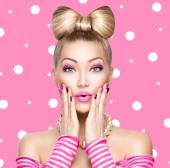 Beauty  girl with bow hairstyle — Stock Photo