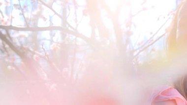 Spring girl enjoying nature — Stock Video
