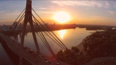 Moskwa mostu nad rzeką Dniepr — Wideo stockowe