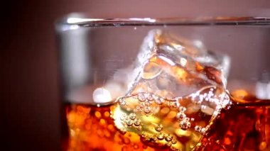 Cola with Ice  in glass — Stockvideo