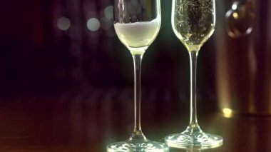 Champagne pouring from  bottle. — Stock Video