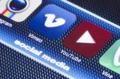 BELGRADE - JULY 11, 2014 Popular social media icons vimeo youtube and other on smart phone screen close up — Stock Photo