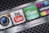 BELGRADE - AUGUST 30, 2014 Social media icons Youtube, Vimeo, Vine and other on smart phone screen close up — Stock Photo