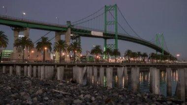 Vincent Thomas Bridge, Port of Los Angeles Time Lapse — Stock Video