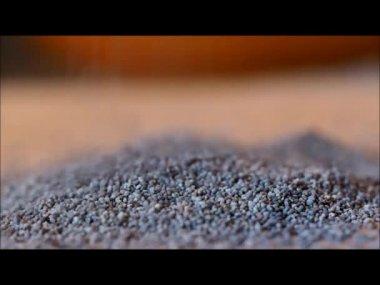Poppy seeds. Mac food. Drug — Stock Video