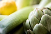 Fresh Italian green artichokes — Stock Photo