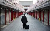 A man walking in Asakusa Temple — Stock Photo