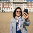 East Asia tourist woman visiting London — Stock Photo #69732549