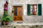 Italy, house door and window — Foto de Stock