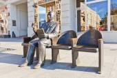 Monument to Polish actor Stefan Jaracz in Lodz, Poland — Foto Stock