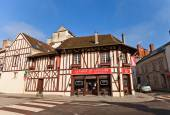 Street cafe in medieval house in Provins, France — Stock Photo