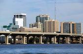Jacksonville Florida bridge and skyline — Foto de Stock