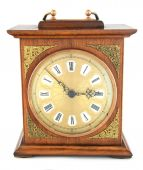 An old fashioned, wooden clock. — Stock Photo