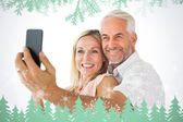 Couple posing for selfie — Stock Photo