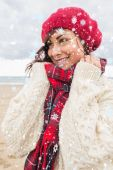 Cute smiling woman in warm clothing — Stock Photo