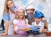 Famille, préparez des biscuits dans la cuisine — Photo