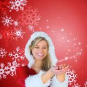 复合图像的漂亮的女孩手牵手,圣诞老人的衣服 — 图库照片