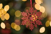 Focus on red star christmas decoration — Foto de Stock