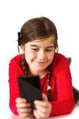 Niña linda con smartphone — Foto de Stock