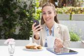 Beautiful businesswoman on her lunch — Stock Photo