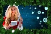 Sexy santa girl opening gift — ストック写真