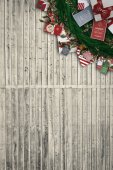 Festive christmas wreath with decorations — Stock Photo