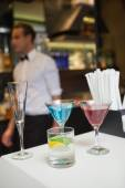 Three color cocktails preparing on the bar counter — Stock fotografie
