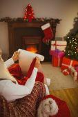 Noel Baba onun liste yazma — Stok fotoğraf