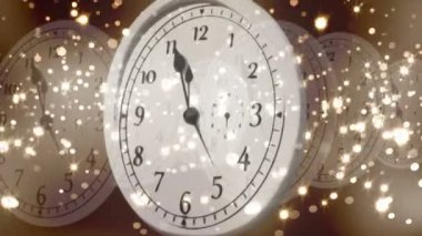 Clock counting down to midnight with fireworks — Video Stock