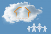 Cloud in shape of family — Photo