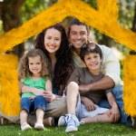 šťastná rodina, posezení v zahradě — Stockfoto #62491111