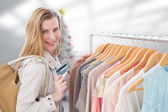 Blonde shopping — Stock Photo