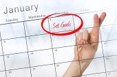 New years resolution against calendar — Stockfoto