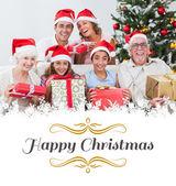 семья обмена рождественские подарки — Стоковое фото