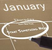 Resolução de ano novo no calendário — Fotografia Stock