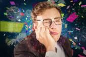 Jovem empresário nerd olhar entediado — Fotografia Stock