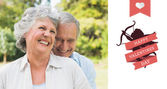 Счастливая Пожилая пара смеется — Стоковое фото