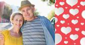 Happy mature couple smiling — Stock Photo
