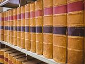 Close up of a shelf of old books — Foto de Stock