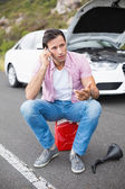 Man after car breakdown — Stock Photo