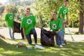Environmental activists picking up trash — Stock Photo