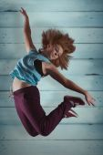 Pretty break dancer — Stock Photo