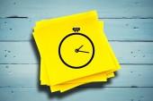 Stopwatch against sticky note — Stock Photo