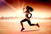 Bileşik görüntü tam sağlıklı kadın koşu uzunluğu — Stok fotoğraf