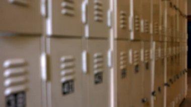 Pusty korytarz w szkole — Wideo stockowe